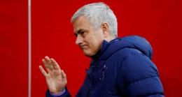Valencia, Mourinho ile temasa geçti
